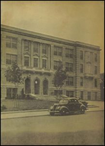 Everett High School, 1942