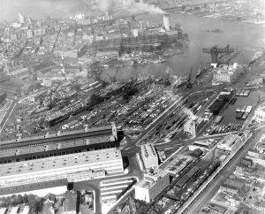 New York Navy Yard, 1945